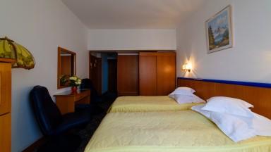 cazare-camera-twin-hotel-decebal-bacau3